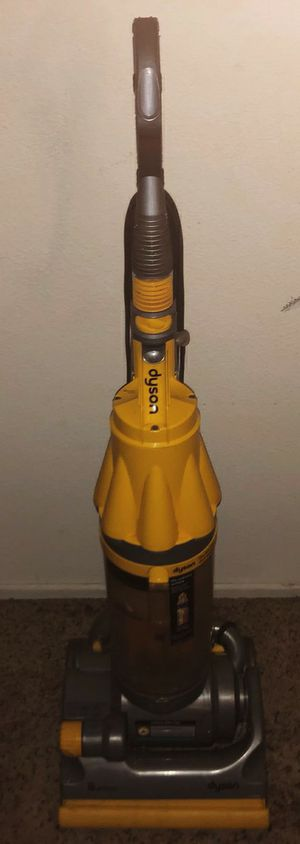 Dyson vacuum for Sale in Pomona, CA