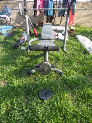 Weight bench and Weight set for Sale in Wichita Falls, TX