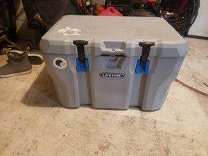 Lifetime 55 quart cooler for Sale in Chesapeake, VA