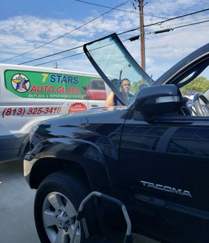 Auto Glass / Parabrisas / Windshields for Sale in Tampa, FL