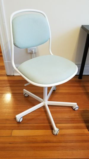 IKEA white/mint green chair with wheels (ÖRFJÄLL/SPORREN) for Sale in Washington, DC