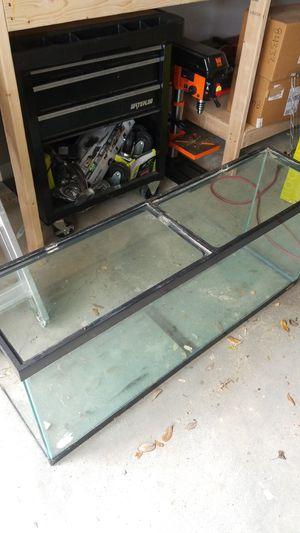 55g fish tank for Sale in Carrollton, TX