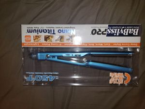 Babyliss pro 1.5 brand new for Sale in Pasadena, CA