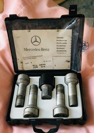 Mercedes Benz wheel lock set for Sale in Redlands, CA