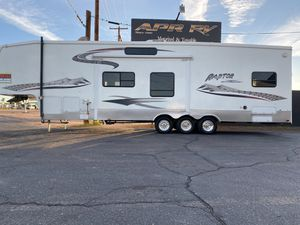 Toy hauler 5th wheel VERY CLEAN! No tax for Sale in Fort McDowell, AZ