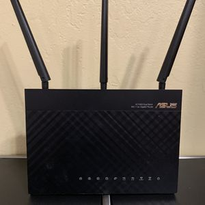 ASUS AC1900 Dual-band WiFi Router RT-AC68U for Sale in Anaheim, CA