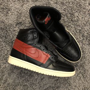 AIR JORDAN 1 RETRO HI OG DEFIANT COUTURE SIZE 10 for Sale in Queens, NY