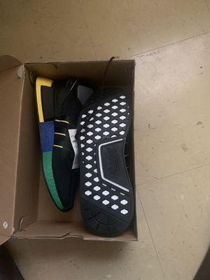 Adidas 9.5 never worn still in og box for Sale in Cincinnati, OH