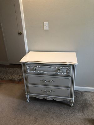 3 piece bedroom set for Sale in Lone Tree, CO