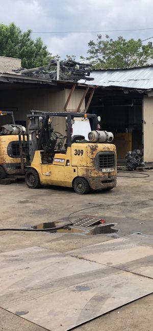 Caterpillar forklift 10k lift for Sale in Bloomfield, NJ