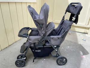 Hardly used Joovy Caboose double stroller with standing board for Sale in Encinitas, CA
