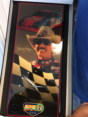 OBO Richard Petty wall clock for Sale in Gainesville, VA