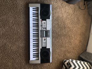 Bcp sky 1036 electric keyboard for Sale in Adelaide, CA