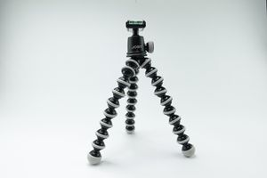 JOBY GorillaPod SLR Zoom - Flexible Tripod with Ballhead Bundle for DSLR or Mirrorless Cameras up to 6.6lbs for Sale in Las Vegas, NV
