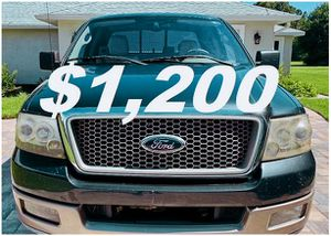 Owner 2OO4 Ford F-150 Lariat for Sale in Little Rock, AR