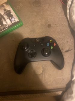 Xbox one controller for Sale in Autaugaville,  AL