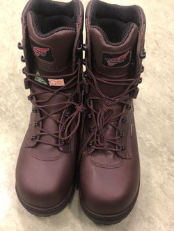 Red Wing Boots 11.5 Insulated for Sale in Frederick,  MD