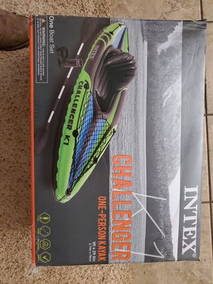 INFLATABLE KAYAK for Sale in Arlington, TX