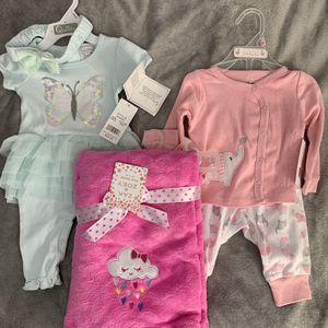 Baby Girl Clothes And Blanket Brand New Lot 6 Pieces for Sale in San Diego, CA