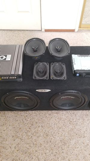 Complete car audio system bundle for Sale in Modesto, CA