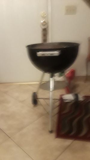 Good bbq grill for Sale in Ontario, CA