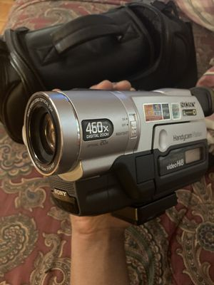 VINTAGE 1999 SONY HANDY CAM / CAMCORDER CAMERA for Sale in Queens, NY