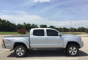Great looking clean title 2008 Toyota Tacoma SV for sale! for Sale in New York, NY