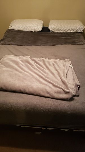 Full Size Matress and frame for Sale in Arlington, TX