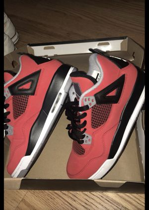 AIR JORDAN 4 retro size: 6.5 (for a female) for Sale in New York, NY