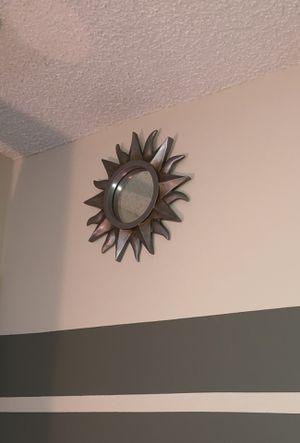 12 inch Wall Mirrors for Sale in Gahanna, OH