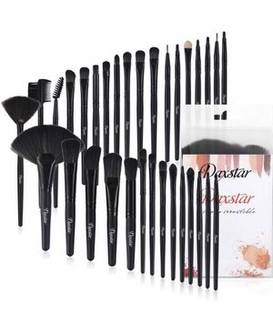 Makeup brush sets for Sale in Stockton, CA
