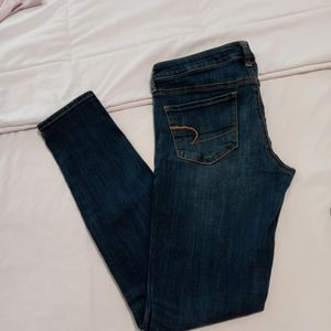 American Eagle Stretch Jeggings Size 8 Women Medium Blue In Great Condition Jeans for Sale in Deptford Township, NJ
