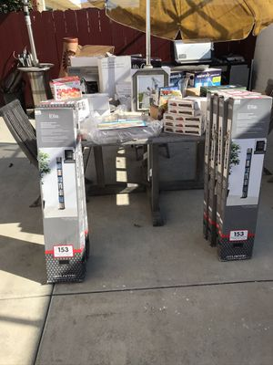 Household items small pallet for Sale in San Diego, CA