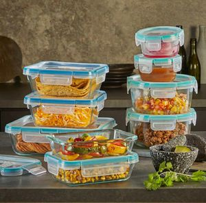 Snapware Pyrex 18-piece Glass Food Storage Set for Sale in Ontario, CA