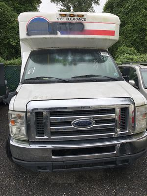 2010 Ford 350 Bus 256,000 k $5500 obo for Sale in FAIRMOUNT HGT, MD