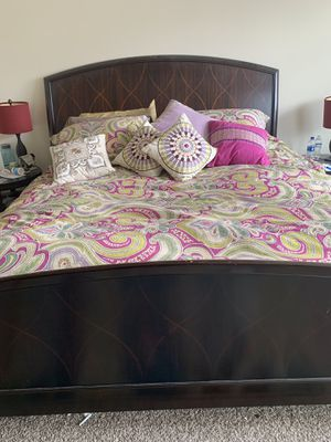 Star Furniture king bed frame and dresser. Was $325. Lowering to: $250. for Sale in Richmond, TX