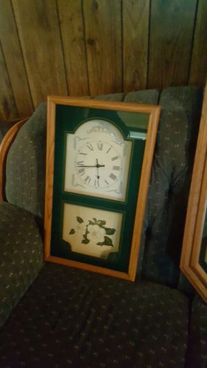 Antique clock for Sale in Greer, SC