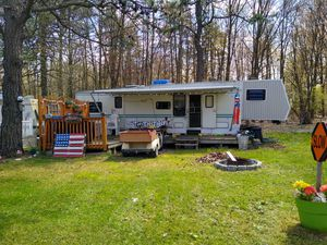 1995 Chateau Millenium 5th wheel for Sale in Bangor, PA