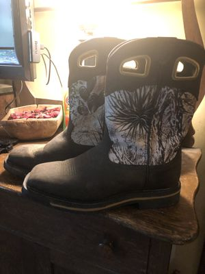 Lacrosse Tallgrass Men's boots Like New size 11 for Sale in Powder Springs, GA