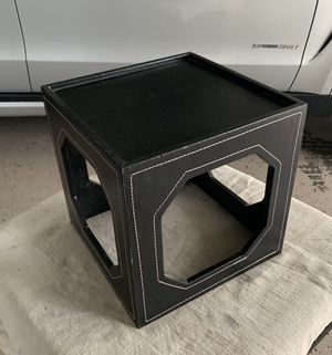 Display cube for Sale in Winter Haven, FL