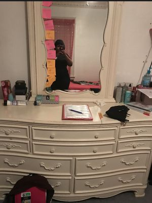 Kid dresser lightly use new can be repainted... mirror in good condition comes off or stay on dresser optional... for Sale in Buffalo, NY