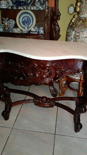 Consola grande con marmol for Sale in Miami, FL
