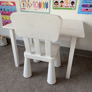 Children's Chair & Wood Table for Sale in Newton, MA