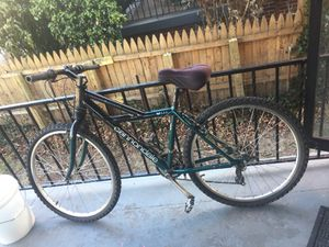 Cannondale bike v600 for Sale in Washington, DC