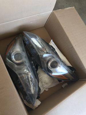 2016 Toyota Camry headlights for Sale in Menifee, CA