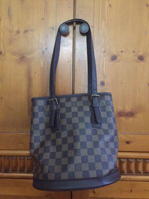 Louis Vuitton Daniel Ebene Bucket Bag for Sale in Hayward, CA