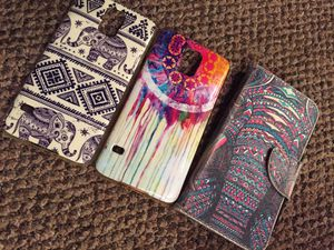 Galaxy S5 case bundle for Sale in Staples, MN