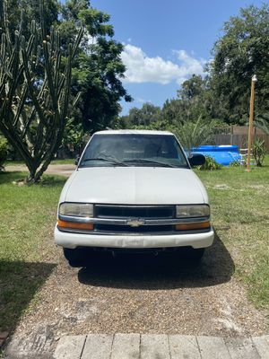 2000 Chevy S10 5 Speed MAY NEED MOTOR for Sale in Kissimmee, FL
