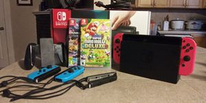 Nintendo Switch like new with games and extra controllers for Sale in Fort Lauderdale, FL