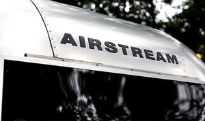 Vehicle.Sale Airstream Ocean 2008 Great.Shapee 4WDWheelssuqly for Sale in Euless, TX